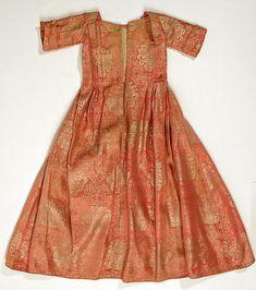 Child's dress (image 1) | European | first quarter 18th century | silk | Metropolitan Museum of Art | Accession Number: 1989.323