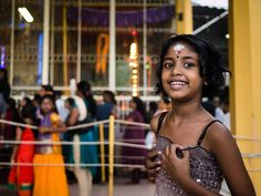 Smiley girl at an Indian festival in Penang Malaysia [OC][3910x2936]