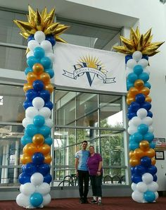 Balloon Columns, Ideas Para Fiestas, Hanukkah, Balloons, Wreaths, Display, Cake, Home Decor, Globes