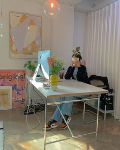 cool office space My New Room, My Room, Pastel Room, Pastel Decor, Aesthetic Room Decor, Aesthetic Green, Aesthetic Outfit, Aesthetic Vintage, Aesthetic Girl