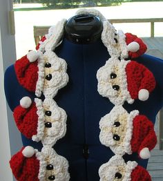 Ravelry: Santa Head Scarf pattern by Donna Collinsworth