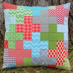 A Series of Christmas Pillows {all with 2 1/2 inch scraps} Part 2