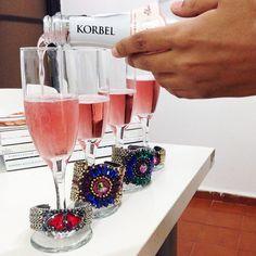 ¡Nuestras pulseras estan de fiesta! ¡Brindemos con #KorbelRD #norahgold #norahsilver #majacuff #laenotecard #cheers