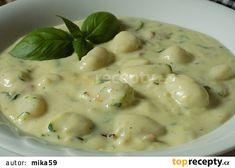 Cuketová omáčka se sýrem recept - TopRecepty.cz Cheeseburger Chowder, Low Carb, Soup, Soups