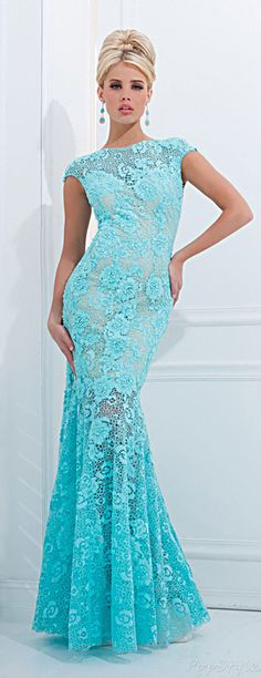 Tony Bowls Lacy Mermaid Evening Gown( hey emmy, this would look good over a blue slip) Stunning Dresses, Beautiful Gowns, Elegant Dresses, Pretty Dresses, Beautiful Outfits, Blue Dresses, Prom Dresses, Formal Dresses, Pageant Gowns