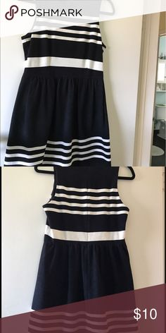 Madewell black and white fit and flare dress Adorable black and white stripe fit and flare dress. Side pockets. Madewell Dresses