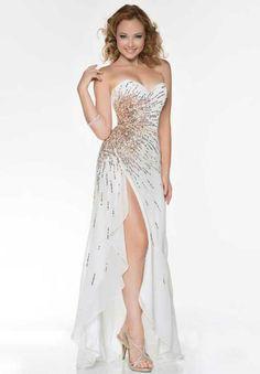 Nina Canacci I39898 at Prom Dress Shop