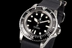 The glamour: Military Issue Rolex Submariners - http://www.thevintagenews.com/2015/04/30/the-glamour-military-issue-rolex-submariners/