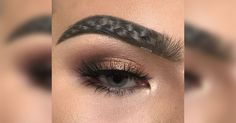 'Braided' eyebrows are the latest absurd beauty trend that truly anyone can try New Eyebrow Trend, Best Eyebrow Makeup, Best Eyebrow Products, Wavy Eyebrows Trend, Eye Makeup, Beauty Trends, Beauty Hacks, Makeup Trends, Beauty Secrets