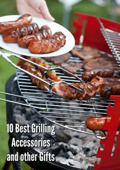 10 Best Grilling Accessories + Other Gifts plus a fun giveaway! Grilling Tips, Grilling Recipes, Charcoal Bbq Grill, Grilled Beef, Grill Accessories, Barbecue Recipes, Grilled Vegetables, Food Gifts, Food Preparation