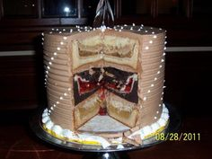 piecakein! i really want to make one... although mine probably wouldn't be quite this ambitious