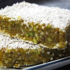 Raw Vegan Orange Pistachio Bars 3/4 cup cashews 3/4 cup raw pistachios 1/2 cup chopped dried apricots 1 tsp agave nectar 1 tsp coconut oil 1 tbsp chia seeds zest and juice of a small orange such as a clementine or satsuma
