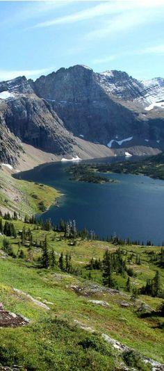 Hidden Lake in Glacier National Park, Montana | visitglacierpark.com
