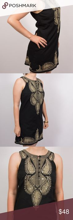 Free People black & gold embroider & sequin dress Free People black & gold embroider & sequin dress. Size 6, gently used, non-smoking home. Free People Dresses Midi