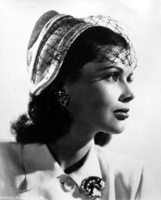 Mizpedia: Vintage Hollywood Beauties Hats