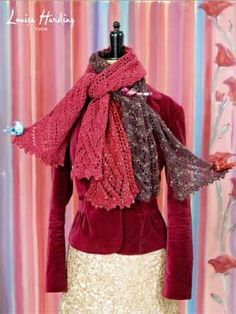 So lovely! FREE Cosimo Scarf Pattern (Louisa Harding) The yarns shown are Nerissa, Simonetta and Grace Hand Beaded. Knitting Patterns Free, Free Knitting, Free Pattern, Scarf Patterns, Knitting Machine, Vintage Knitting, Knitting Ideas, Vintage Crochet, Knitting Projects