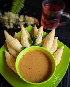 Resep otak-otak © 2020 Instagram/@gadis785 Indonesian Desserts, Indonesian Cuisine, Food N, Diy Food, Food And Drink, Indonesian Food Traditional, Jamun Recipe, Breakfast Recipes, Dessert Recipes
