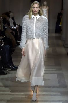 Carolina Herrera Fall 2016 Ready-to-Wear Fashion Show - Nastya Sten