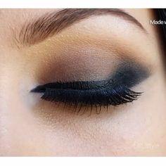 Love a warm smoky eye @lilit_style