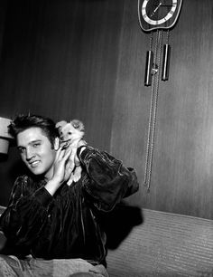 Elvis Presley: The King of Rock 'n' Roll in pictures