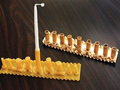 Best DIY Hanukkah Menorahs You Can Make at Home - Cha Ching Queen Yes! You can make a menorah out of pasta! Get the Pasta Menorah instructions here. Hanukkah Crafts, Jewish Crafts, Feliz Hanukkah, Hanukkah Decorations, Hanukkah Menorah, Happy Hanukkah, Hannukah, Holiday Crafts, Holiday Fun
