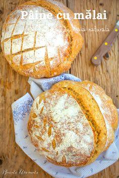 Cum se face o pâine cu mălai și făină albă cu miez pufos și elastic și coajă crocantă? Pâine cu mălai fără drojdie, dospită cu maia naturală. Pesto, Camembert Cheese, Bakery, Gluten, Sweets, Bread, Food, Home, Recipes