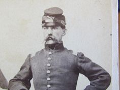 Note the McDowell forage cap and great mustasche American Civil War, American History, The Ordinary Man, War Image, Civil War Photos, Female Soldier, Military History, Vintage Images, Soldiers