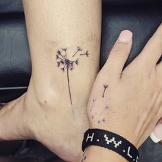48 Meaningful Mother-Daughter Tattoos To Honor Her Unconditional Love Getting matching ink is a big commitment. But these cute mother-daughter tattoos will make you want to talk your mom into getting inked now. Mother And Daughter Tatoos, Mommy Daughter Tattoos, Tattoos For Daughters, Sister Tattoos, Mother Daughters, Daughter Quotes, Mom Daughter, Tiny Heart Tattoos, Girly Tattoos