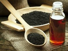 Recent studies have confirmed that black cumin seed oil (nigella sativa) can inhibit cancer cell activity and is an effective cancer treatment, at least in animal studies. The black cumin seed oil … Herbal Remedies, Natural Remedies, Hives Remedies, Asthma Remedies, Benefits Of Black Seed, Cumin Noir, Kalonji Seeds, Kalonji Oil, Organic Black Seed Oil