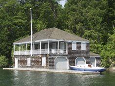 Google Image Result for http://www.1000islandslandmarks.com/photographs/boat_houses_on_the_st_lawrence_river/boat_house-18-row5-col4.jpg