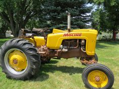 Antique Tractors, Vintage Tractors, Vintage Farm, Yanmar Tractor, Minneapolis Moline, Tractor Implements, Tractor Mower, Ford Tractors, Gasoline Engine