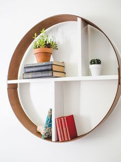 Explore DIY shelves that work for many spaces including kitchens, garage and living rooms. Find ideas for floating wall shelves or hanging shelves that are easy to make. Unique Shelves, Diy Wall Shelves, Hanging Shelves, Floating Shelves, Floating Wall, Shelving, Deco Tv, Circle Shelf, Round Shelf