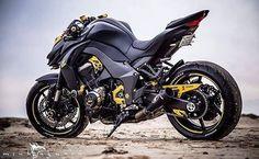 Kawasaki Z1000: