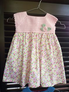 Baby Crochet Patterns Part 17 Crochet Toddler Dress, Crochet Baby Dress Pattern, Baby Dress Patterns, Crochet Girls, Crochet Baby Clothes, Crochet Baby Shoes, Baby Knitting Patterns, Crochet Dresses, Cute Toddler Girl Clothes