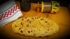Fougasse olives et lardons Olives, Camembert Cheese, Dairy, Pizza, Bread, Food, Herbes De Provence, Kitchens, Meal