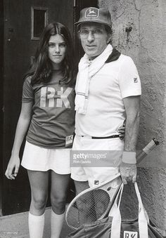 Andy Williams and his daughter Terri during Annual RFK Pro-Celebrity Tennis Tournament at Forest Hills in New York City, NY, United States. Andy Williams, Tennis Tournaments, 60s Music, Vintage Tennis, American Singers, Famous People, Daughter, Husband, Moon River