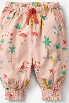 Explore a wide range of girls' pants at Boden: from tie-waist to pull-on, with side-stripes and playful prints. Fashion Kids, Baby Girl Fashion, Frocks For Girls, Dresses Kids Girl, Baby Girl Dress Patterns, Kids Frocks Design, Baby Pants, Cute Outfits For Kids, Stylish Kids