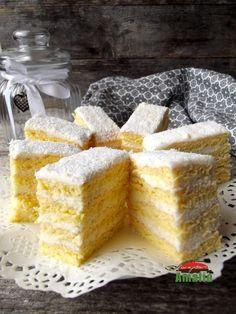 Christmas Sweets Recipes, Romanian Desserts, Desert Recipes, Dessert Bars, Diy Food, Cake Cookies, Caramel, Sweet Treats, Bakery