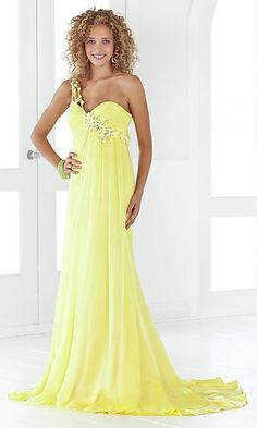 yup i might need this dress for prom. just sayin. LOVE