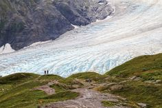 Don't let the short distance fool you! These incredible Alaska hikes are short, relatively easy to tackle, and offer amazing scenery!