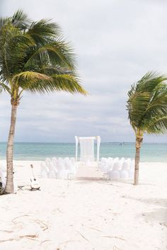 With a gorgeous Katie May wedding dress from Lovely Bride, a dreamy ceremony on the beach and close family and friends, this Cancun wedding wasn't just a beautiful day—it was a beautiful beginning t. Wedding Expenses, Wedding Programs, Budget Wedding, Wedding Ideas, Mexico Beach Weddings, Cancun Wedding, Wedding Beach, Little Gardens, Beach Wedding Inspiration