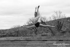 https://flic.kr/p/RSQ3T9 | Karlee Jones | #KarleeJones #Dancer #LasVegas #Vegas #CalicoBasin #BAndW #Photogaphy #GonzaloGaticaPhotography #Bailarina #Canon5DMarkIV