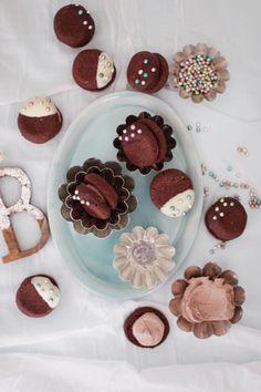Schokoladen-Nuss-Plätzchen mit Schoko-Orangencreme