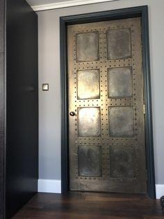 Pin By Zecret Truex On Medieval Rustic Doors Doors Garage - Modern Industrial Door, Industrial Furniture, Industrial Style, Door Design, House Design, Glamour Decor, Rustic Doors, Corrugated Metal, Steel Doors