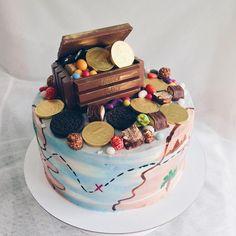 Ideas For Birthday Cupcakes Ideas Funny Wedding Cakes Pirate Birthday Cake, 4th Birthday Cakes, Fondant Cakes, Cupcake Cakes, Funny Wedding Cakes, Wedding Cupcakes, Treasure Chest Cake, Funny Cake, Just Cakes