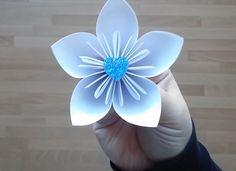 Tutorial Origami Flower https://www.youtube.com/watch?v=KSnszFj_rww