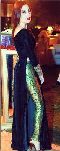 Green velvet on silk pasliy print.