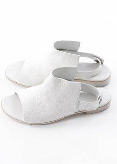 Sandale Tonia von annette görtz bei nobananas mode #nobananas #annettegoertz…