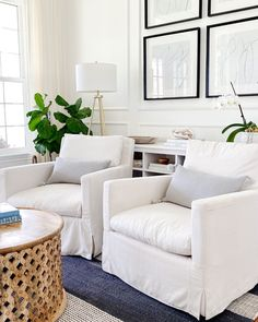 Summer style in the living room - jane at home - living room ideas - transitional living room - white living room Coastal Master Bedroom, Beach House Bedroom, Boho Chic Bedroom, Coastal Living Rooms, Living Room White, Living Room Modern, Home Bedroom, Home Living Room, Living Room Designs