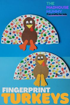 A sweet and easy Thanksgiving fingerpaint turkey craft idea for kids. Fun auntumn/ fall craft for children #craftsforkids #thanksgivingcrafts #turkeycraftsforkids #fallcrafts